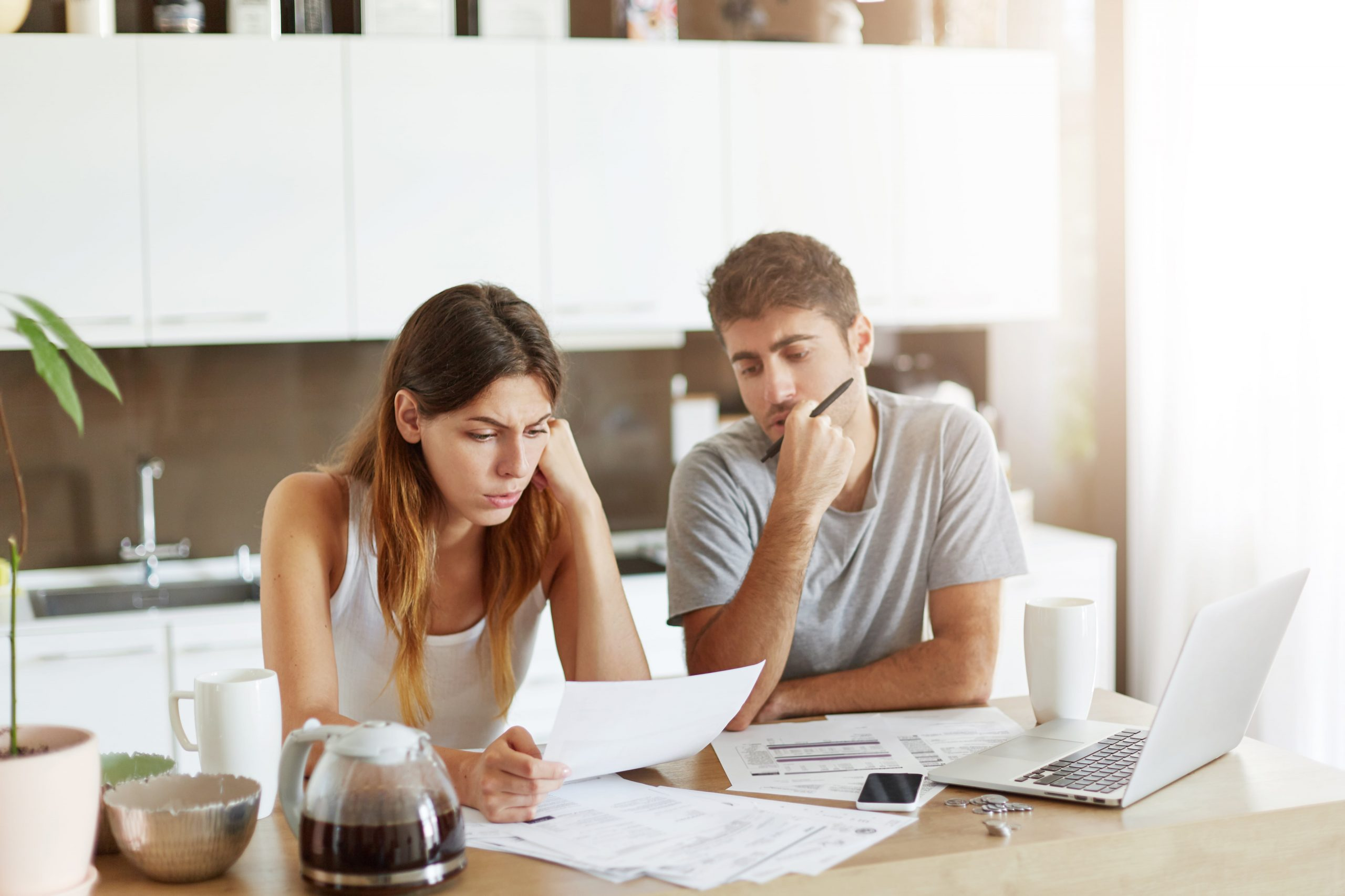¿Qué es una consolidación de las deudas? - Asesoría Deudores